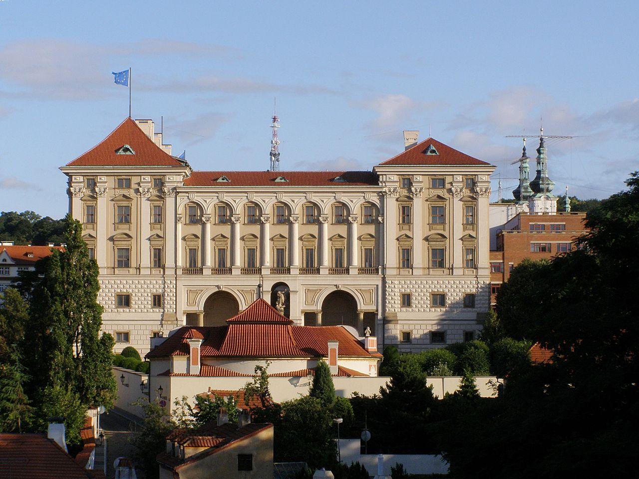 Černínský palác (Wikipedie)