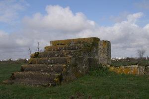Zbytek táborového baraku v Montreuil-Bellay