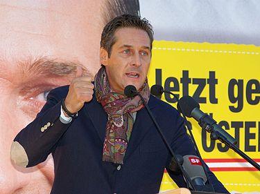 Šéf Svobodných Heinz Christian Strache zvažuje podání protestu proti výsledku prezidentských voleb