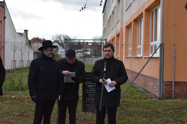 Radek Augustin z KPR vyzval vedení města, aby se postavilo šíření fám o rehabilitaci hřbitova