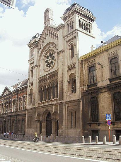Velký synagoga v Bruselu (Wikipedia)