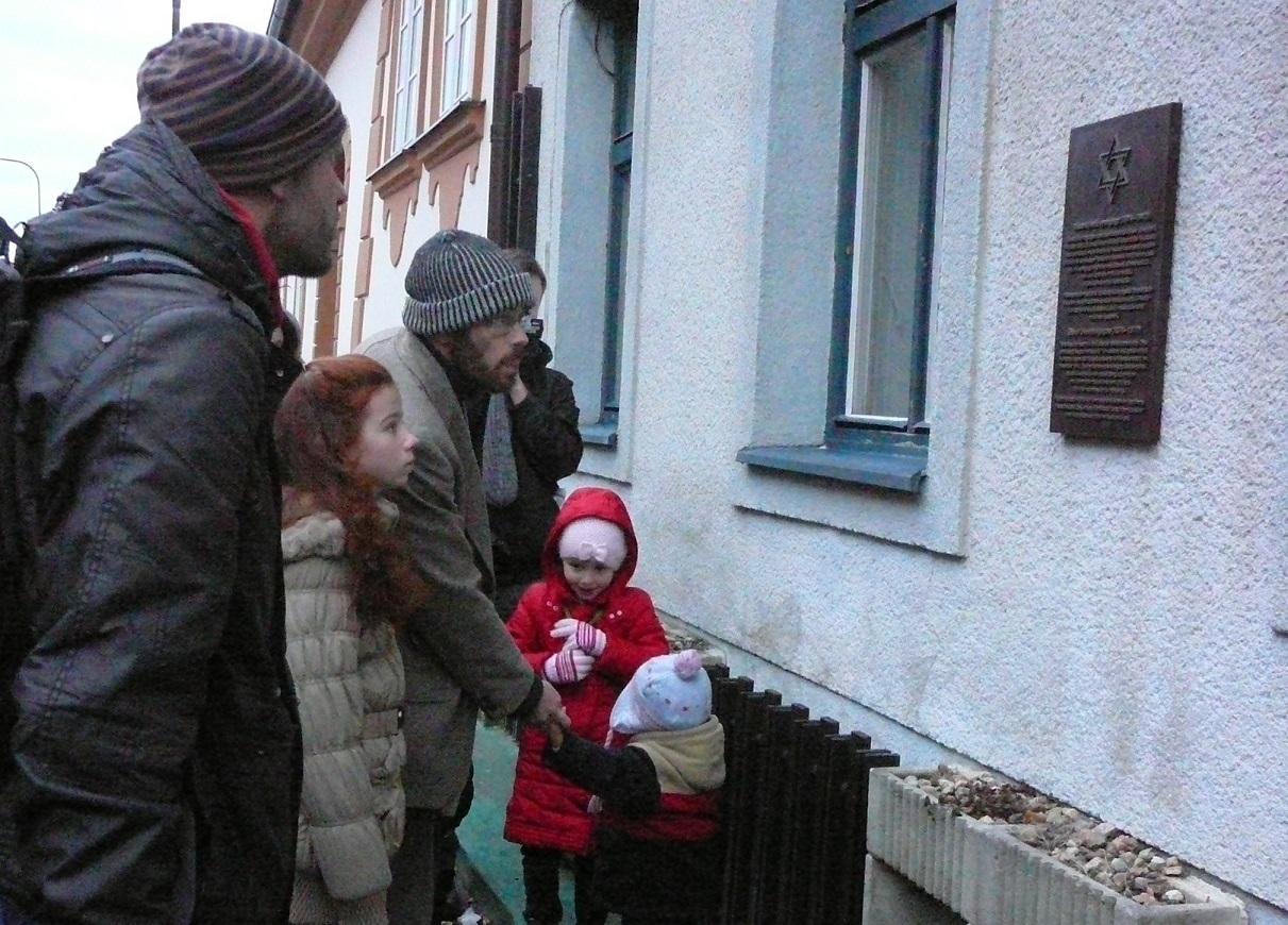 Odhalení pamětní desky v Soběslavi (foto Alice Müllerová)